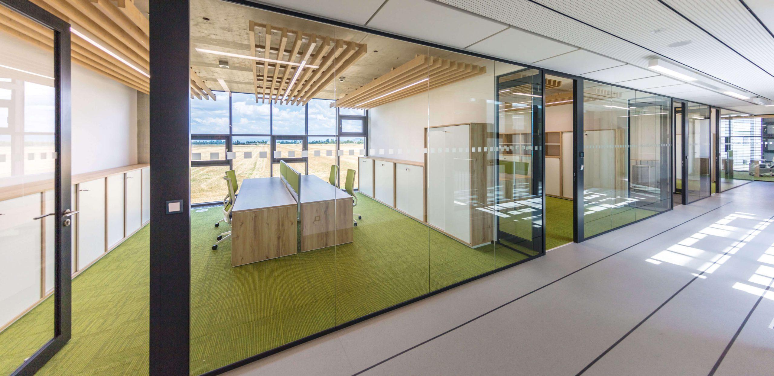Kanceláře v administrativní budově EKOM, Piešťany, Slovensko