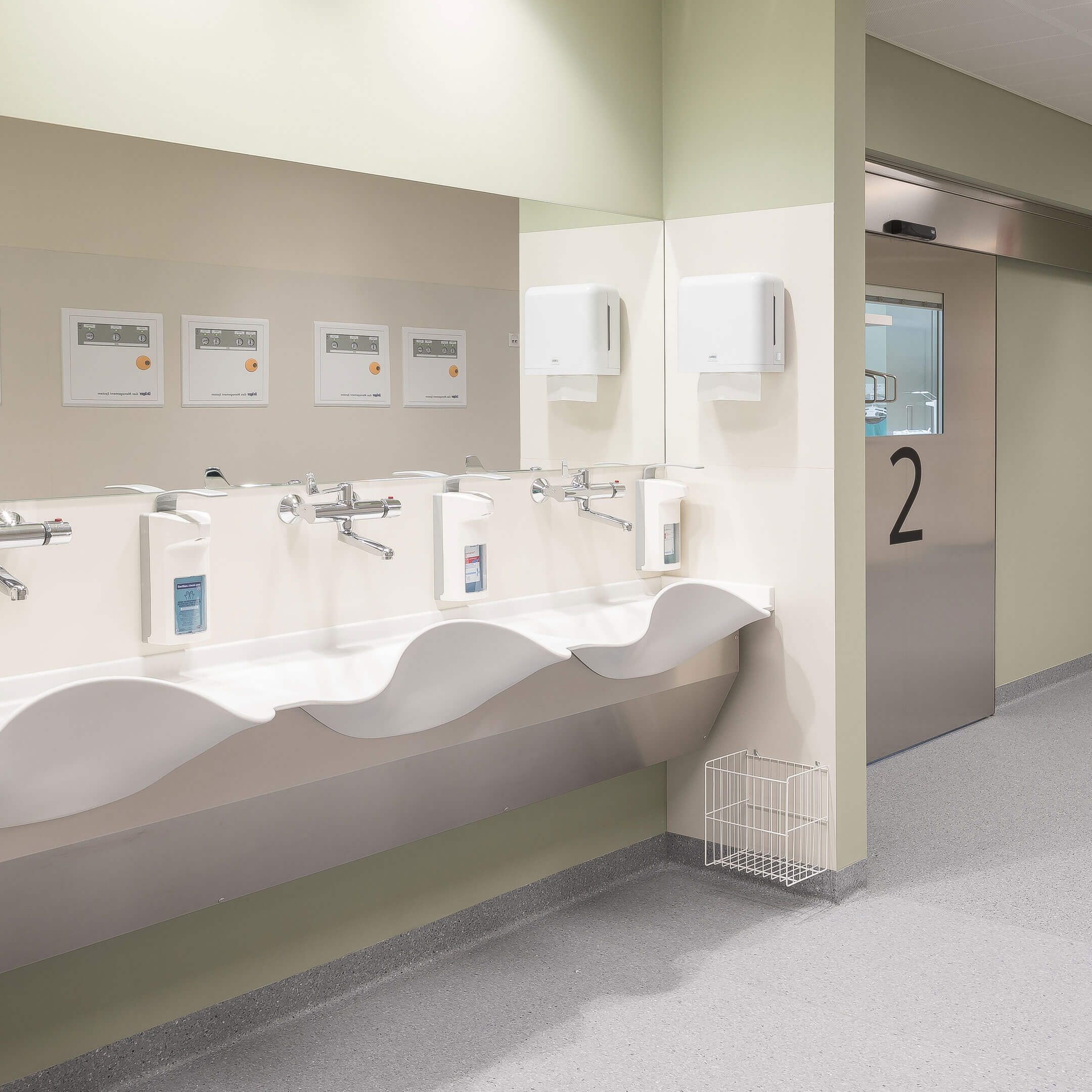 Klinika Diakonissen, novostavba operačního sálu v Linci, Rakousko