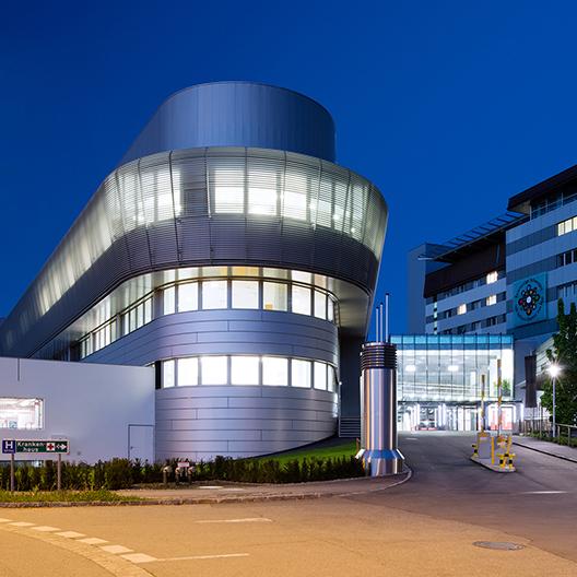 Centrální chirurgické centrum nemocnice Milosrdných sester BHS Ried, Rakousko
