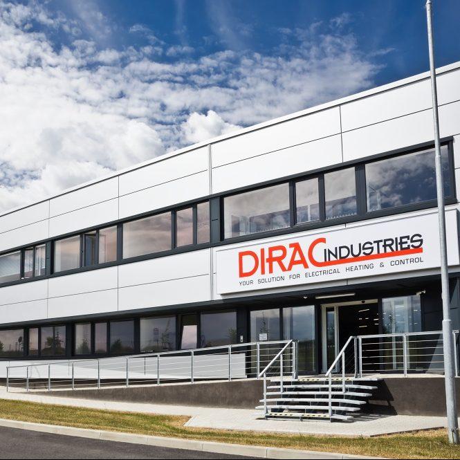 Vnější pohled na budovu Dirac Industrie v Kolíně v České Republice